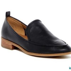 Black loafer 6.5